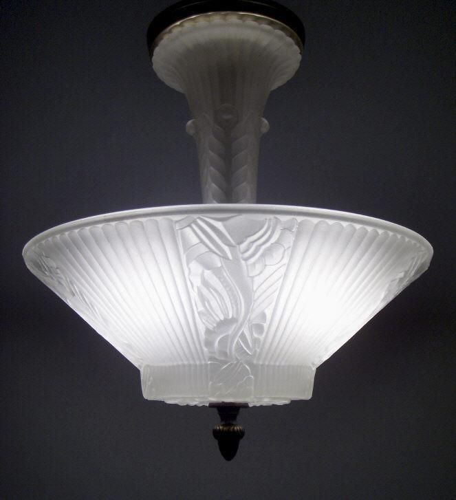 VINTAGE ART DECO FROSTED GLASS CEILING LIGHT FIXTURE FLORAL SHADE